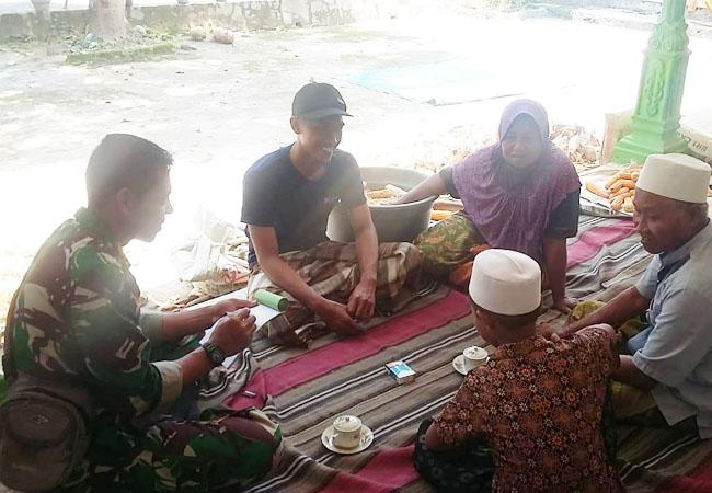 https://seputarmadura.com/wp-content/uploads/2019/08/Sarana-Pererat-Hubungan-Antara-TNI-Dan-Masyarakat-Babinsa-Koramil-0827-13-Rubaru-Komsos-Di-Rumah-Warga-Binaan.jpg