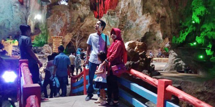 https://seputarmadura.com/wp-content/uploads/2019/12/Wow-Pengunjung-Wisata-Gua-Soekarno-Sumenep-Mencapai-89-ribu.jpg