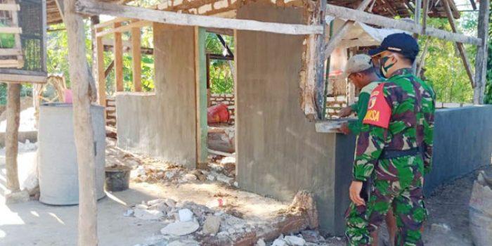 https://seputarmadura.com/wp-content/uploads/2020/07/Gotong-Royong-Babinsa-Koramil-Saronggi-di-Program-Rutilahu.jpg